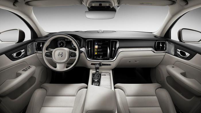 Volvo S60 2019 trình làng tại Mỹ, giá 35.800 USD - Ảnh 3.