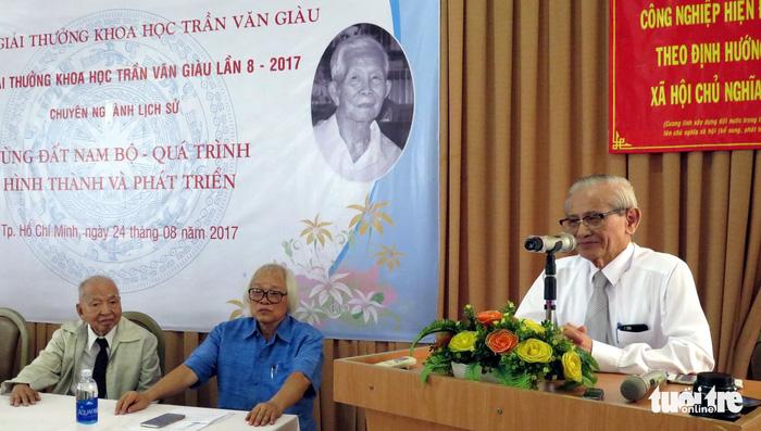 Cố giáo sư Phan Huy Lê, bậc thầy đổi mới nghiên cứu lịch sử - Ảnh 2.
