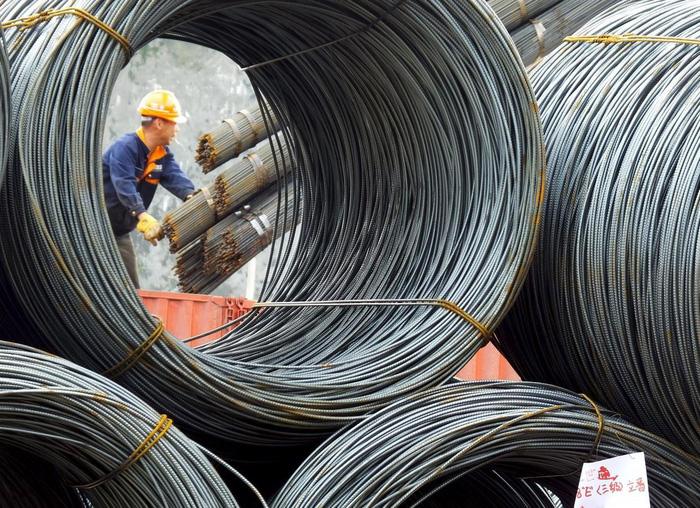 Gặp khó với Mỹ và EU, Trung Quốc đưa thép sang ASEAN - Ảnh 1.