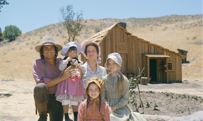 Ngôi nhà nhỏ trên thảo nguyên bị nghi ngại phân biệt chủng tộc - Ảnh 1.