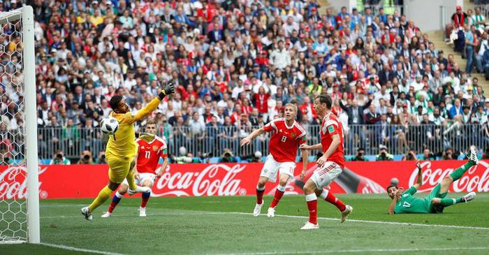 Những khoảnh khắc tràn đầy cảm hứng thể thao vòng bảng World Cup - Ảnh 12.