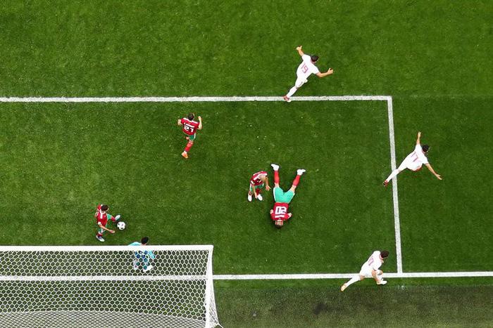 Những khoảnh khắc tràn đầy cảm hứng thể thao vòng bảng World Cup - Ảnh 13.