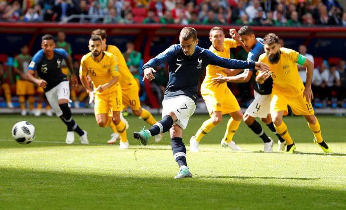 Những khoảnh khắc tràn đầy cảm hứng thể thao vòng bảng World Cup - Ảnh 27.
