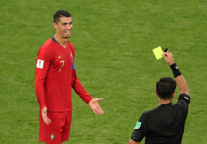 Những khoảnh khắc tràn đầy cảm hứng thể thao vòng bảng World Cup - Ảnh 4.