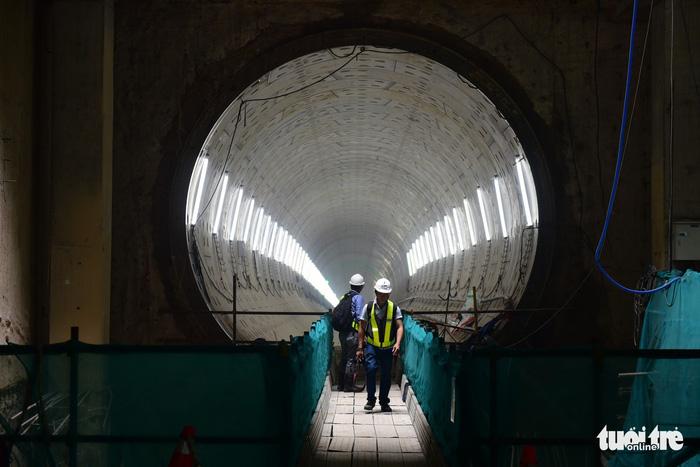 Thông đường hầm thứ 2 tuyến metro số 1 TP.HCM - Ảnh 6.