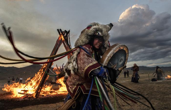 Đến Mông Cổ xem nghi thức pháp sư đón mùa hè - Ảnh 12.