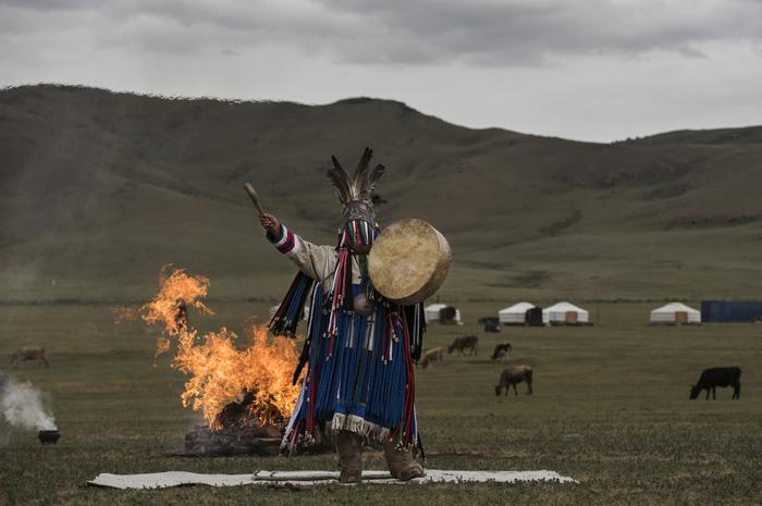Đến Mông Cổ xem nghi thức pháp sư đón mùa hè - Ảnh 13.