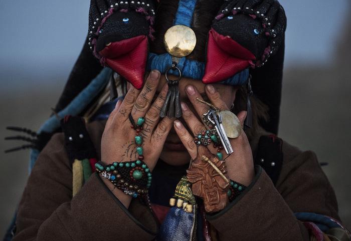 Đến Mông Cổ xem nghi thức pháp sư đón mùa hè - Ảnh 17.