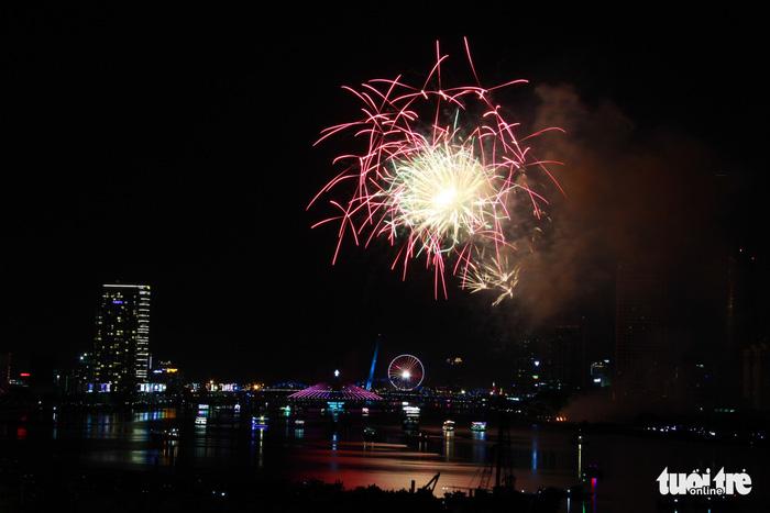 Ý chiến thắng lễ hội pháo hoa quốc tế Đà Nẵng 2018 - Ảnh 14.