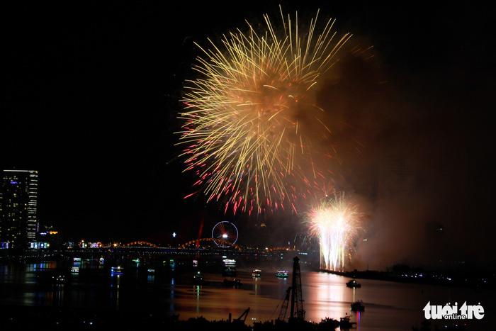 Ý chiến thắng lễ hội pháo hoa quốc tế Đà Nẵng 2018 - Ảnh 17.
