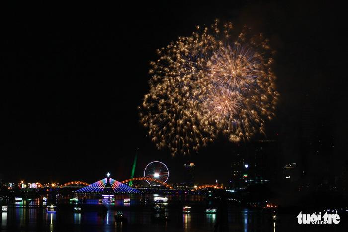 Ý chiến thắng lễ hội pháo hoa quốc tế Đà Nẵng 2018 - Ảnh 7.