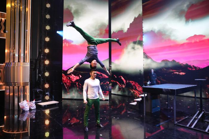 Quốc Cơ, Quốc Nghiệp nhảy mạo hiểm nhưng vẫn trắng tay ở chung kết BGT 2018 - Ảnh 9.