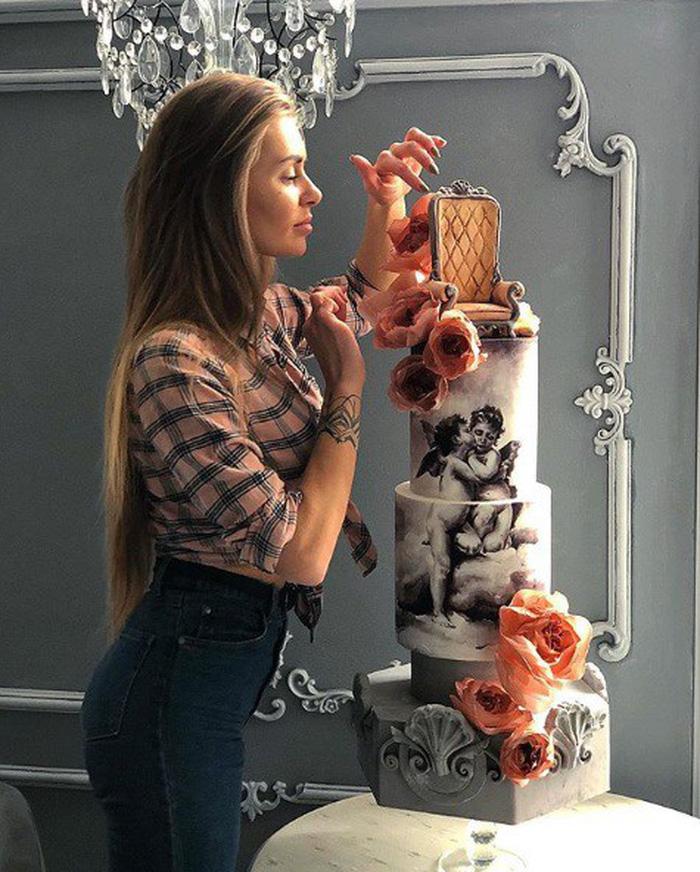 Những chiếc bánh ngọt đẹp không nỡ ăn của mỹ nhân Nga - Ảnh 3.