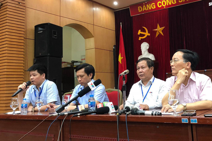 Sở GD-ĐT Hà Nội nói bị lọt đề văn, không phải lộ đề - Ảnh 1.