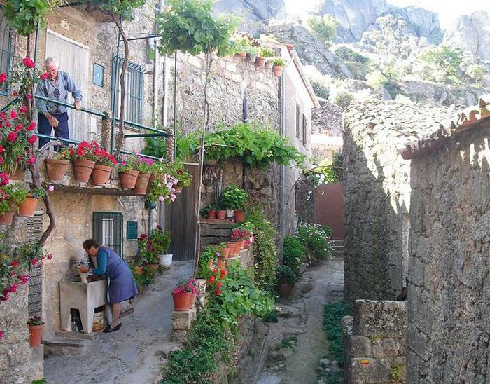 Ngôi làng đá đặc biệt nhất Bồ Đào Nha - Ảnh 12.