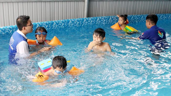 Mùa hè giúp trẻ trải nghiệm kỹ năng - Ảnh 1.