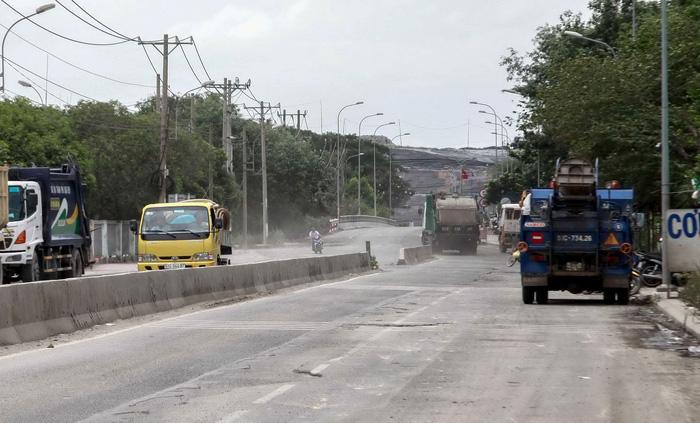 Chủ đầu tư khu xử lý rác ở Đa Phước: Chỉ chôn lấp, đút túi gần 100 tỉ/năm - Ảnh 1.