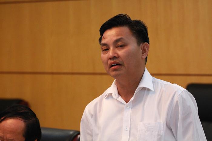 Trung Quốc cấm nhập, phế liệu ầm ầm vào Việt Nam - Ảnh 2.