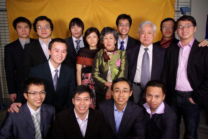 Vị Giáo sư Việt hết lòng vì hàng không vũ trụ Việt Nam đã về trời - Ảnh 2.