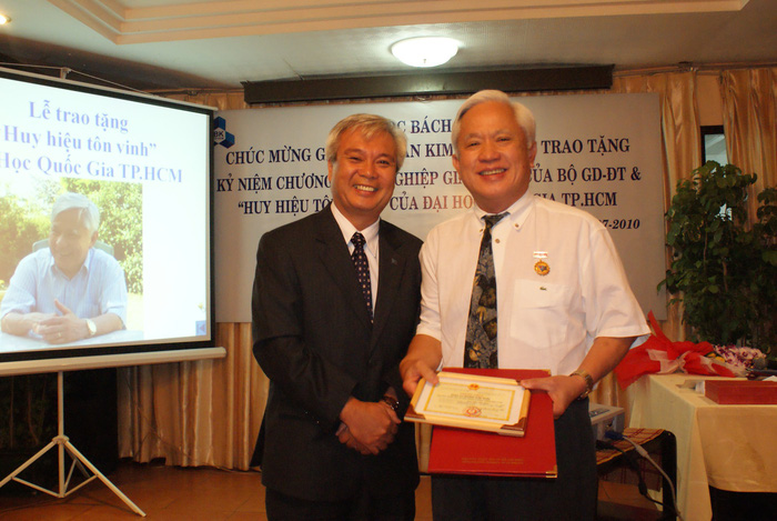 Vị Giáo sư Việt hết lòng vì hàng không vũ trụ Việt Nam đã về trời - Ảnh 1.
