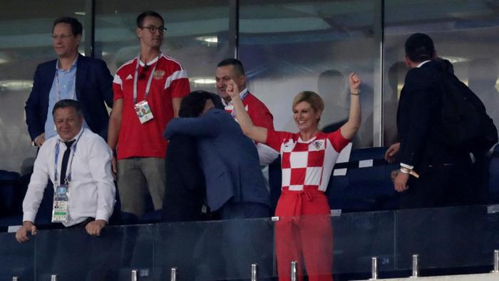 Các bộ trưởng Croatia kéo cả hội mặc áo tuyển Croatia đi họp - Ảnh 3.