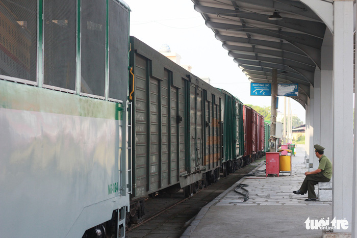 Công an Hải Phòng đề xuất đưa đường sắt ra khỏi nội đô - Ảnh 2.