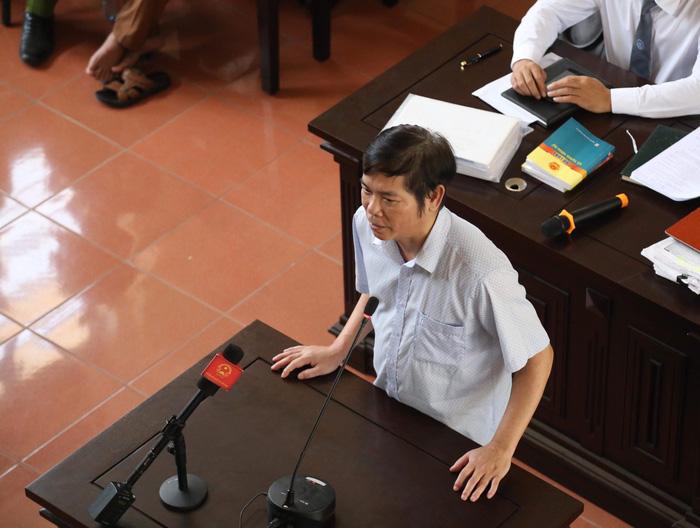 Khởi tố phó giám đốc Bệnh viện Đa khoa tỉnh Hòa Bình - ảnh 2