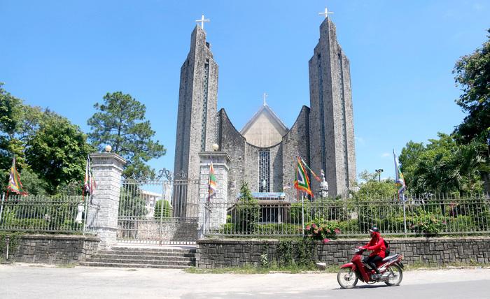 Công bố 27 kiến trúc Pháp ở Huế, sẽ đập bỏ biệt thự 26 Lê Lợi  - Ảnh 1.