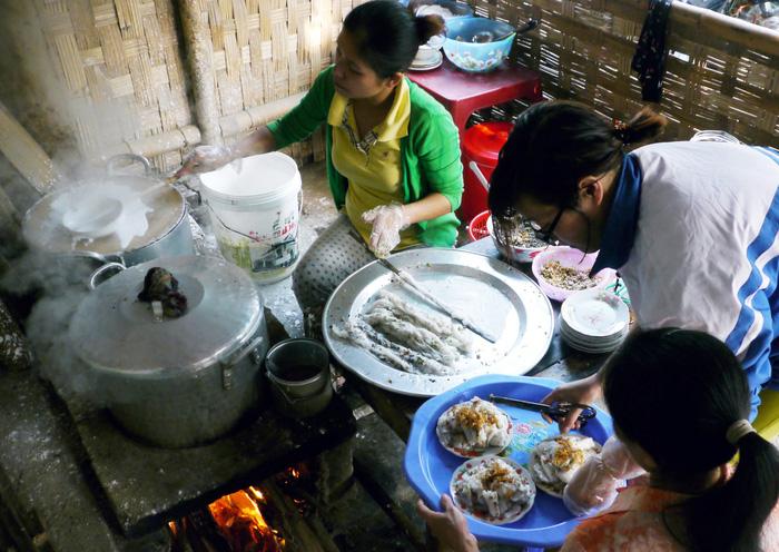 Xóm Bánh cuốn Hải Dương - Ảnh 2.