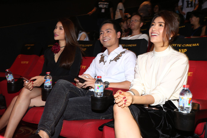 Phan Anh, Phạm Hương, Lệ Hằng chiếu phim bảo vệ voi, tê giác - Ảnh 2.