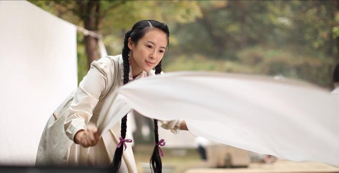 Phim của Chương Tử Di, Huỳnh Hiểu Minh ra mắt sau 6 năm tồn kho - Ảnh 6.