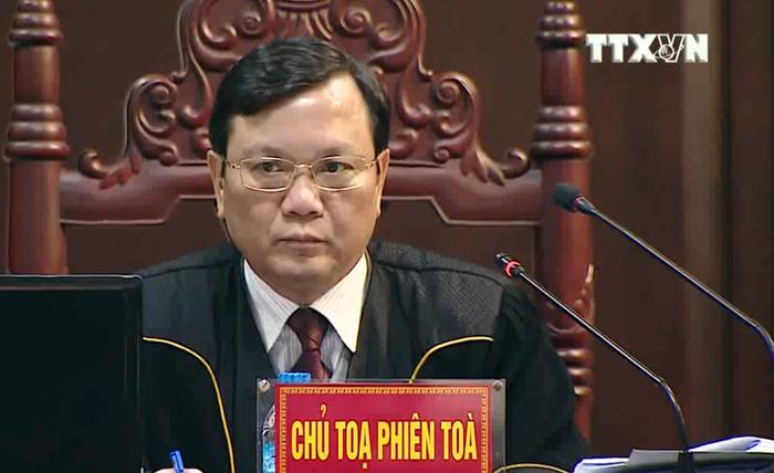 Tòa tuyên án: Đủ căn cứ buộc tội bị cáo Đinh La Thăng - Ảnh 2.