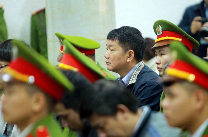 Tòa tuyên án: Đủ căn cứ buộc tội bị cáo Đinh La Thăng - Ảnh 3.
