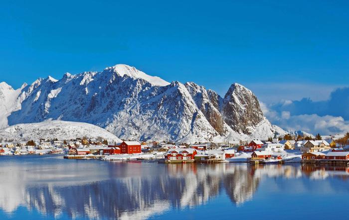10 ngôi làng ở châu Âu khiến khách ngẩn ngơ - Ảnh 10.