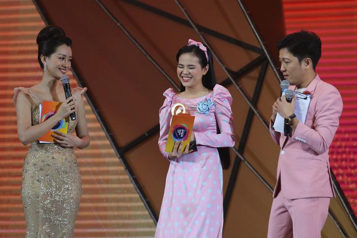 Làm MC, Trường Giang bị khách mời 'chặt chém' - Ảnh 7.