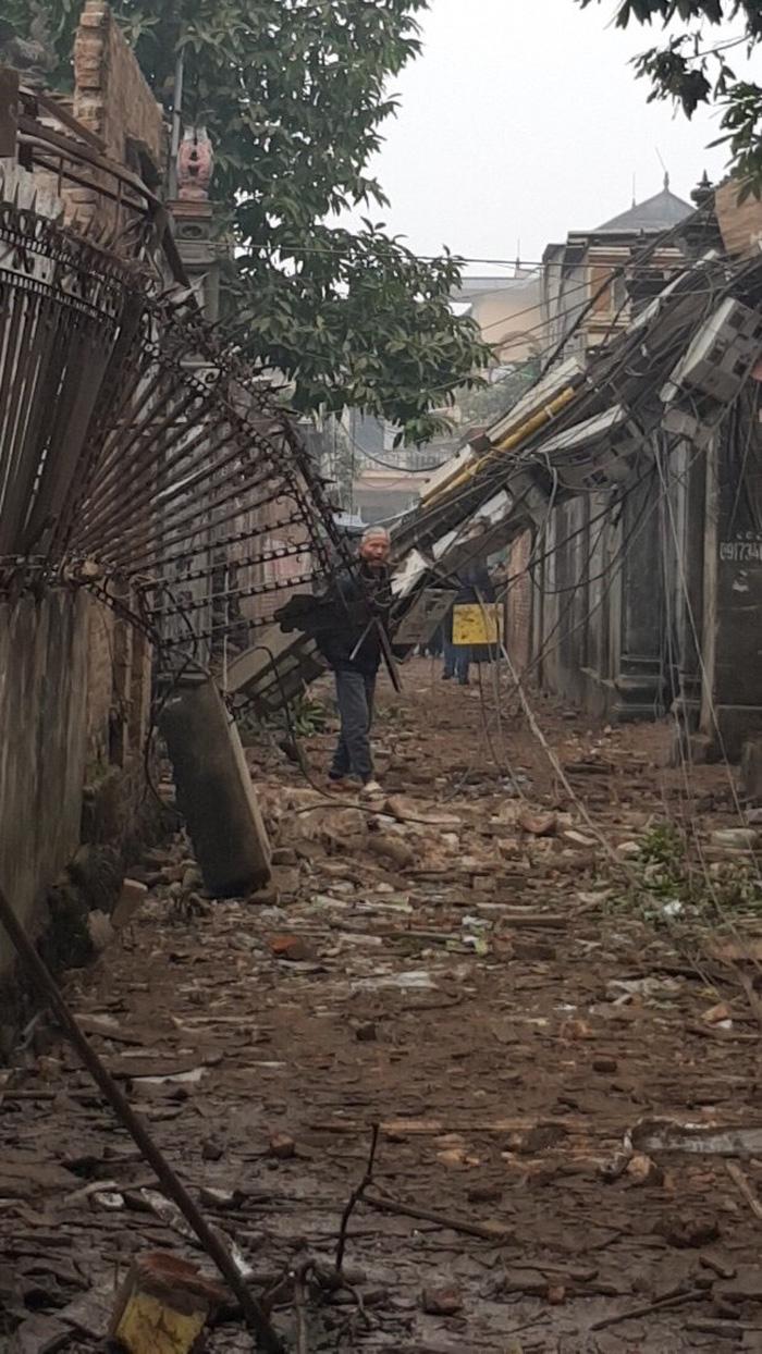 Nổ lớn kho phế liệu ở Bắc Ninh, nhiều căn nhà bị san phẳng - Ảnh 14.
