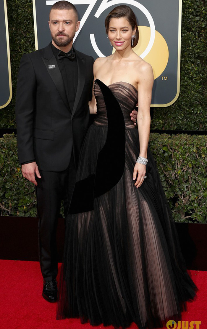 Minh tinh Hollywood đồng loạt diện đồ đen đến lễ trao giải Quả Cầu Vàng - Ảnh 7.
