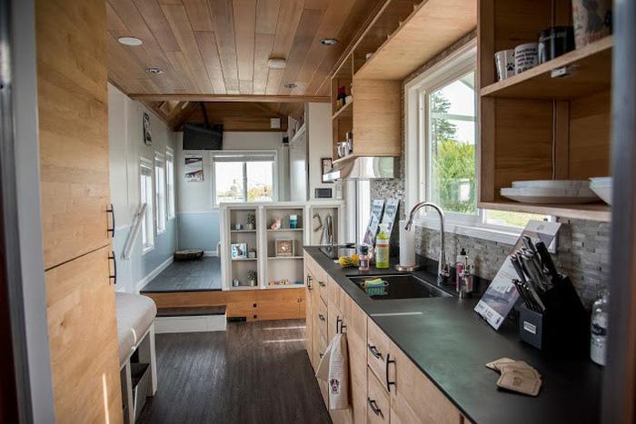 Nhà mini tự xoay dùng điện năng lượng mặt trời - Ảnh 11.