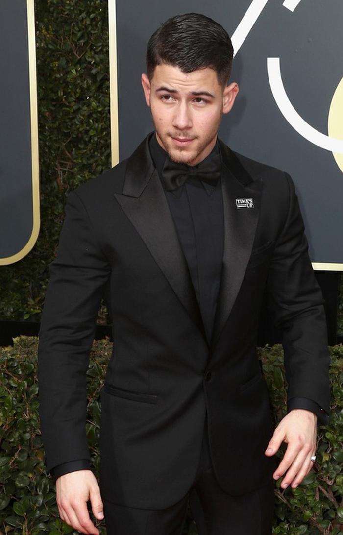 Minh tinh Hollywood đồng loạt diện đồ đen đến lễ trao giải Quả Cầu Vàng - Ảnh 15.