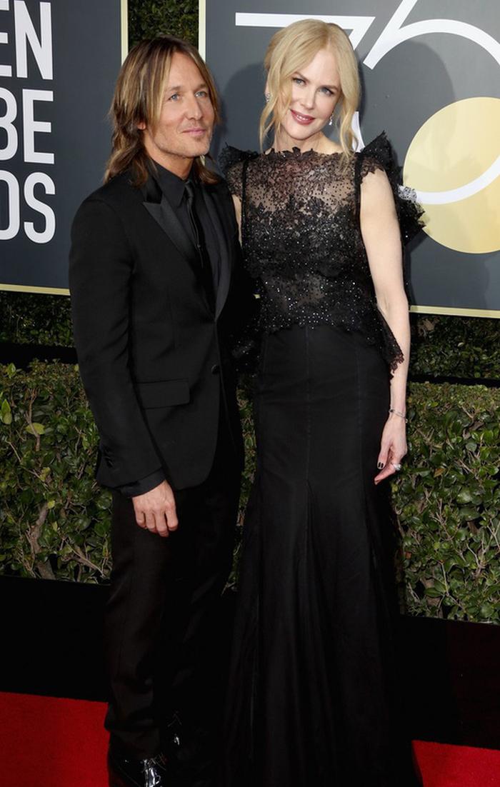 Minh tinh Hollywood đồng loạt diện đồ đen đến lễ trao giải Quả Cầu Vàng - Ảnh 16.