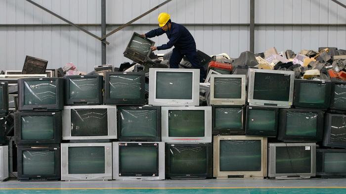 'Choáng' với núi rác điện tử của Singapore - Ảnh 3.