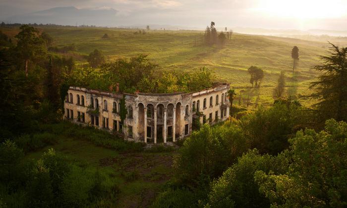 Vẻ đẹp kì ảo của các địa danh nổi tiếng nhìn từ flycam - Ảnh 16.