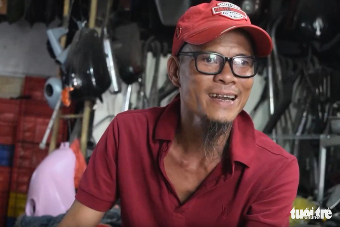 Tay độ xe trứ danh Sài Gòn: Tiền trong lòng bàn tay - Ảnh 2.