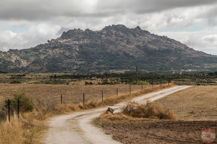 Ngôi làng đá đặc biệt nhất Bồ Đào Nha - Ảnh 3.