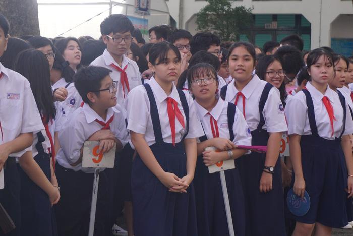 TP.HCM công bố số thí sinh đăng ký thi tuyển vào lớp 10 - Ảnh 1.