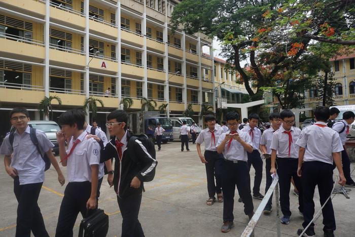 Trường chuyên Trần Đại Nghĩa tuyển sinh lớp 6 trực tuyến - Ảnh 1.