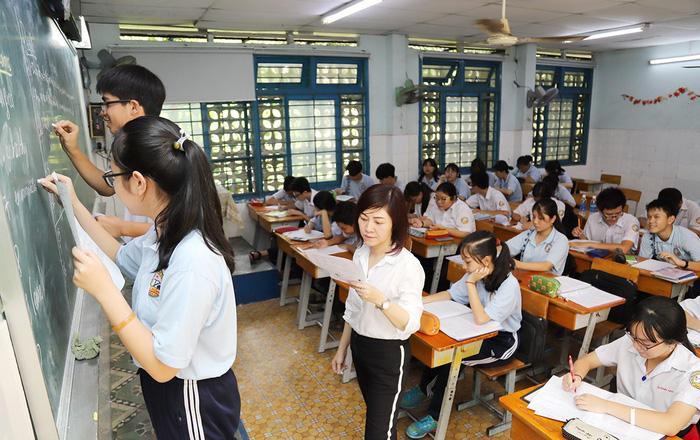 Tuyển sinh lớp 10: Làm sao tránh những sai sót khi làm bài thi? - Ảnh 1.