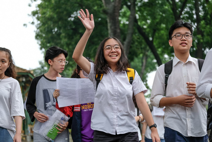 Tuyển sinh lớp 10 Hà Nội: 87 trường THPT xét tuyển học bạ đã gần đủ chỉ tiêu - Ảnh 1.
