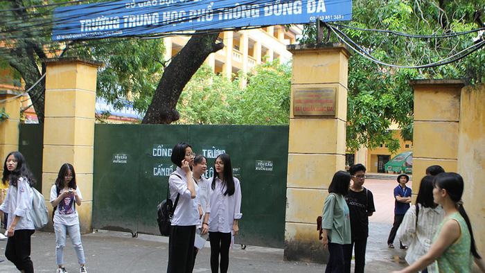 Tuyển sinh lớp 10 tại TP.HCM và Hà Nội: Nhiều điểm mới sát sườn - Ảnh 3.
