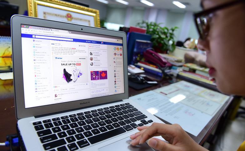 Sửa luật để thu thuế Google, Facebook? - Ảnh 1.